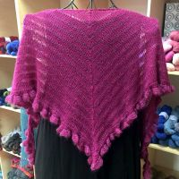 Crescent-Shaped Shawl *EasyBizzy*