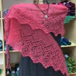 Crescent-Shaped Shawl *Ailyn*