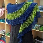 Crescent-Shaped Shawl *Scabbia*