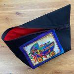 Tasche *SantaFiore Grande* - Unikat: Schwarz-Rot mit Kätzchen im Kinderwagen